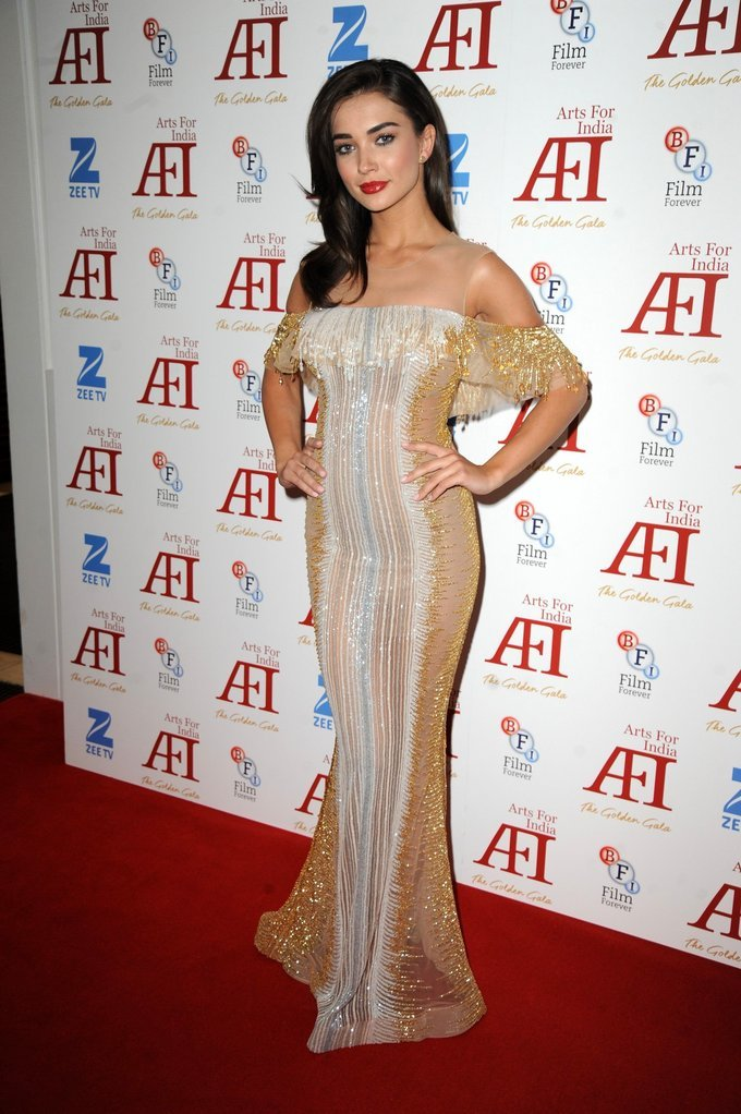 Amy Jackson At arts for India Golden Aala Arrivals In Yellow Dress