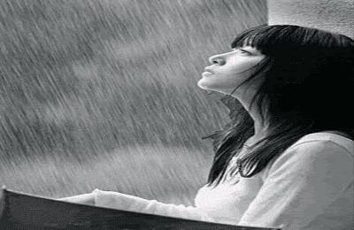 Kumpulan puisi tentang hujan malam hari yang dingin