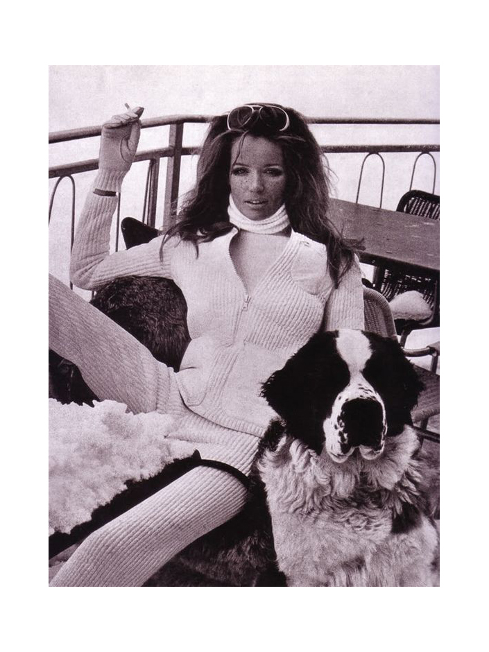 Verushka, vintage 1960s skiing photo - fashion & lifestyle blog