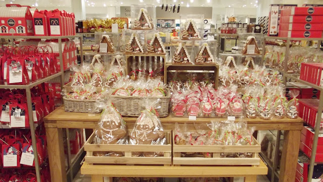 beautiful, Christmas, Christmas at John Lewis, decor, Gold, Homeware, Interior, John Lewis, Lifestyle, pretty, St Davids, St Davids 2, St Davids 2 John Lewis,