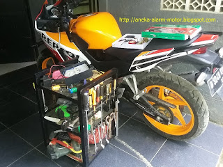 Cara pasang alarm motor pada Honda CBR150r Lokal