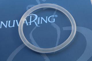 Tirou o anel anticoncepcional nuvaring® e a menstruação não veio. O que deve fazer?