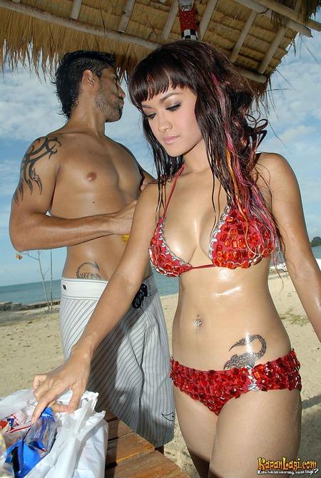 Tato Sexy Selebritas Indonesia Ainisastra Com