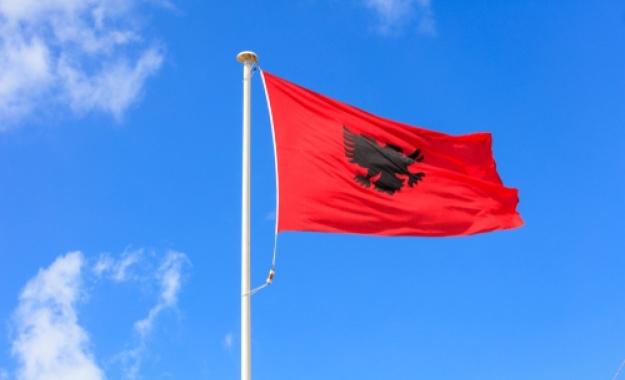 Αλβανία: Νέα σελίδα καλών γειτονικών σχέσεων και συνεργασίας με τη συμφωνία Ελλάδας - πΓΔΜ