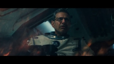 Independence Day: Resurgence (Movie) - Trailer 2 - Screenshot