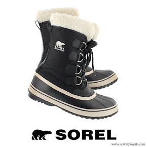 Prince Oscar wore Sorel Winter Carnival Boots