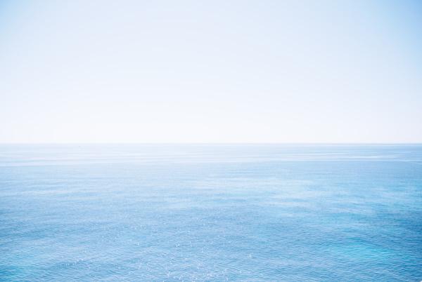 Das Meer auf Mallorca -  Rezept für einen traditionellen mallorquinischen Mandelkuchen by titatoni.de