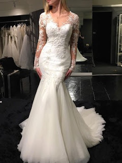 http://uk.millybridal.org/product/tulle-scoop-neck-trumpet-mermaid-sweep-train-with-appliques-lace-wedding-dresses-ukm00023070-21287.html?utm_source=post&utm_medium=1380&utm_campaign=blog