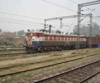 Bhopal to bilaspur trains