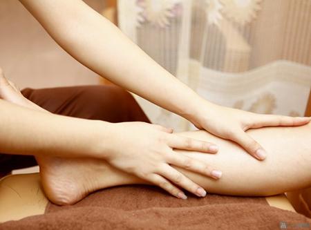 Massage chân cho bà bầu với 5 bước đơn giản-4
