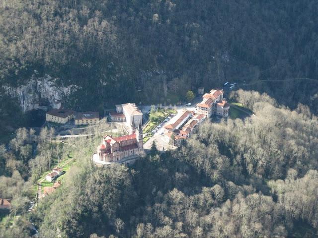 Rutas Montaña Asturias: Vistas de Covadonga