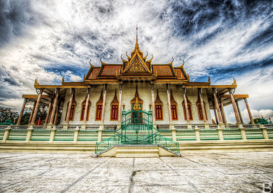 The Silver Pagoda - Temples, Markets And Rain – My Trip Around Cambodia