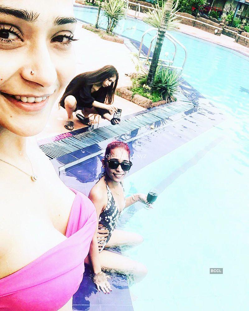 Beautiful And Gorgeous Sara Khan in Bikini TV Actress in Bikini - Celebsnext Exclusive Pics