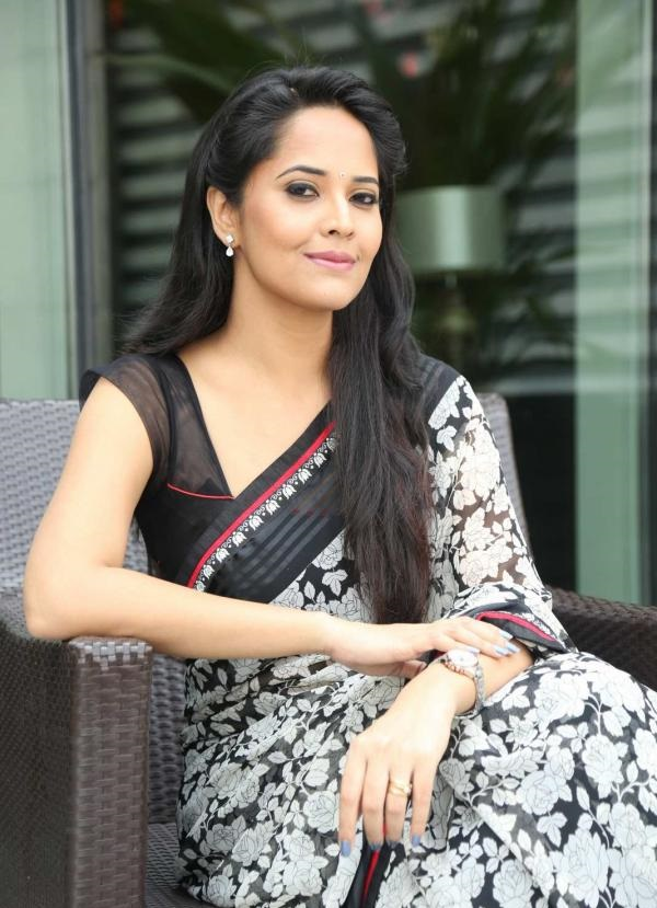 Anchor Anasuya Latest Stills In Hot White Saree