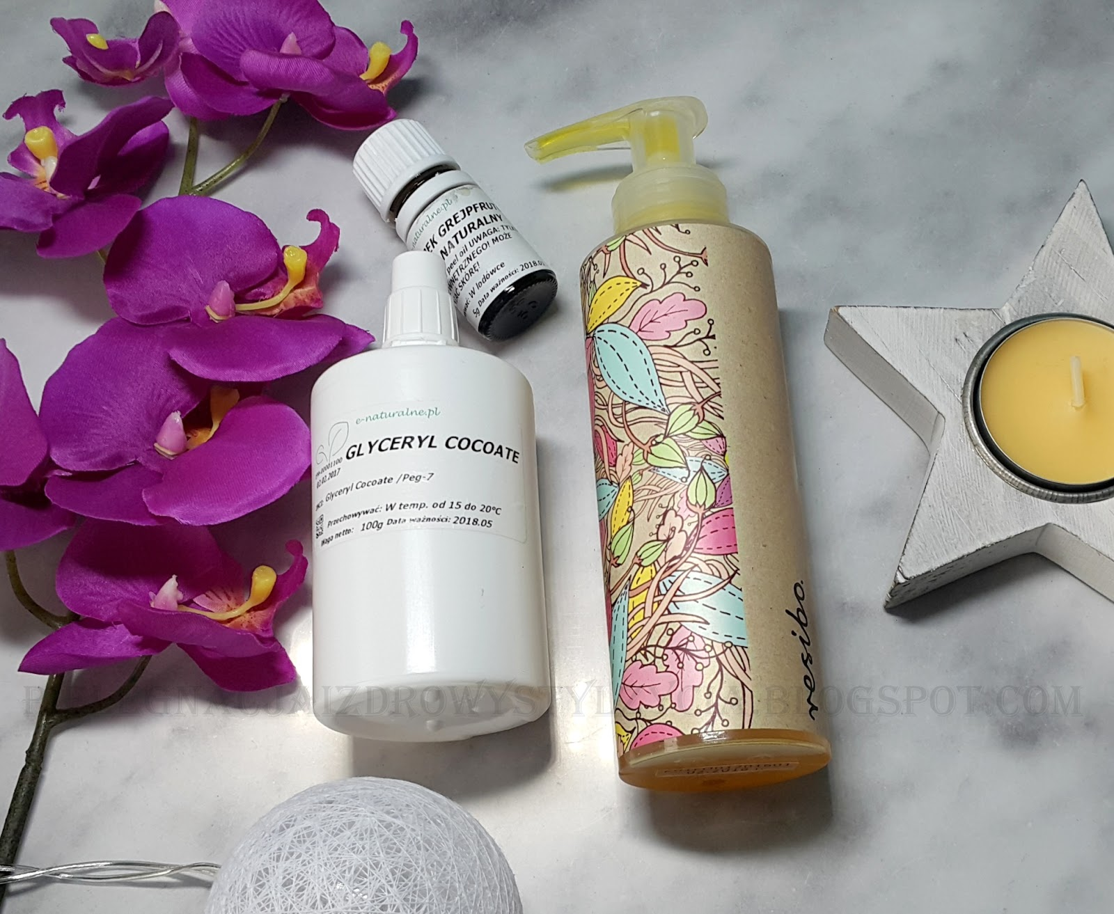 Jak zrobić własny olejek myjący do twarzy? Przepis na olejek myjący