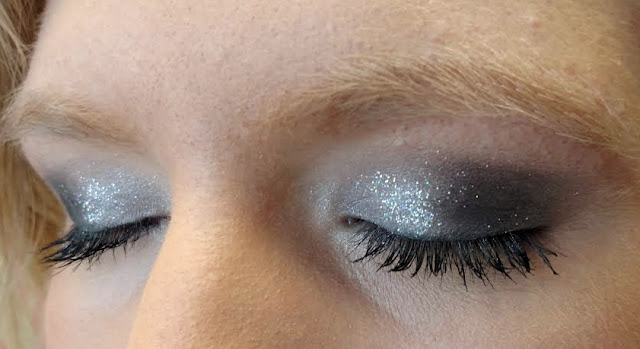 silver glitter smoky eyes