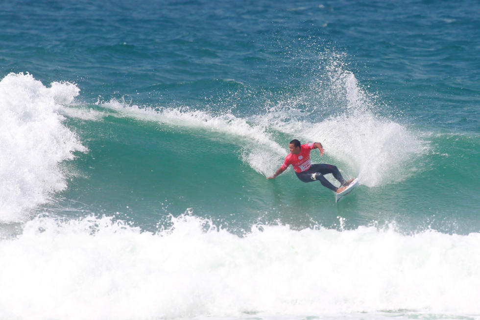 25 Wigolly Dantas BRA Allianz Billabong Pro Cascais Foto WSL Laurent Masurel