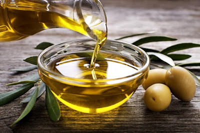 Olive Oil for nail growth
