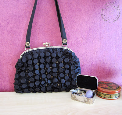 Kotiraudadega must pidulik kott