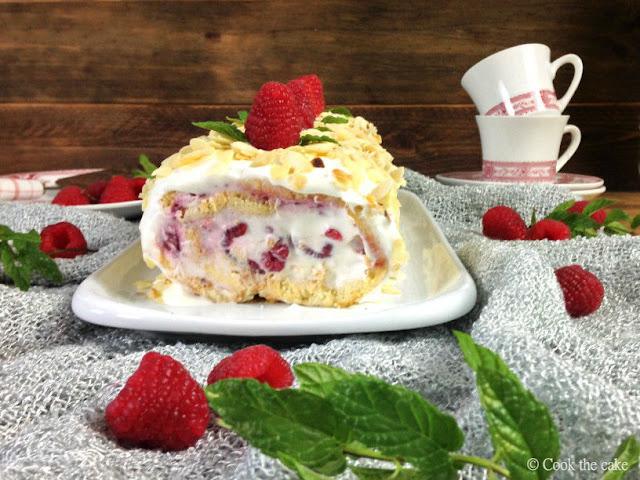 raspberry-almond-swiss-roll, brazo-de-gitano-de-frambuesas