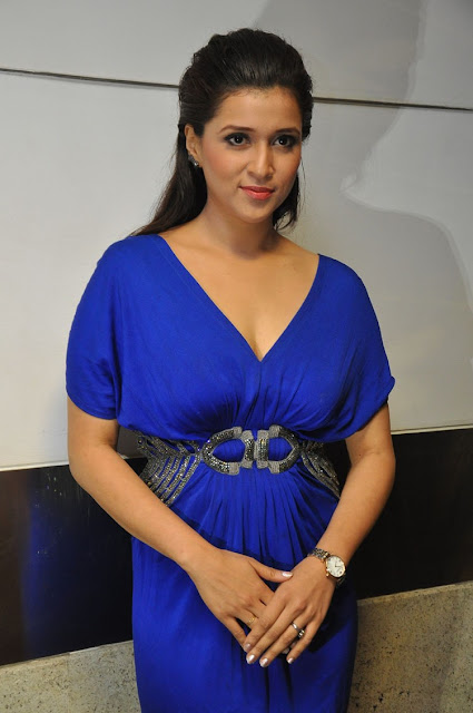 Mannara Chopra Images at Rogue Movie Trailer Launch