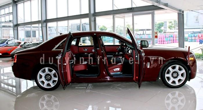 Cho thuê xe cưới Siêu VIP Roll Royce đỏ đun lịch lãm 1