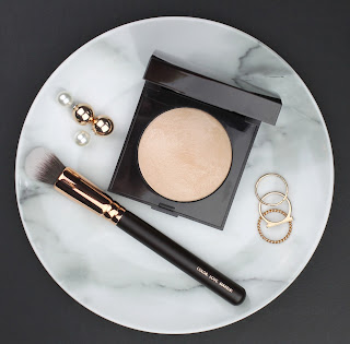 Laura Mercier Matte Radiance Baked Powder 01 Highlight highlighter