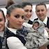 Lahir di Pesawat Bayi Beruntung ini Dapat Tiket Gratis Seumur Hidup, Enak Jadi Bayi