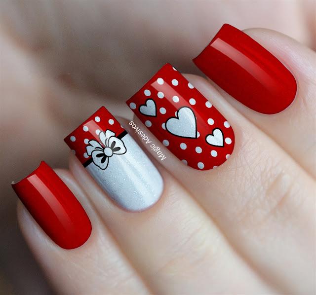 Unhas decoradas com Vermelho