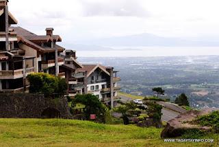 Pinecrest Village Condominium for Sale