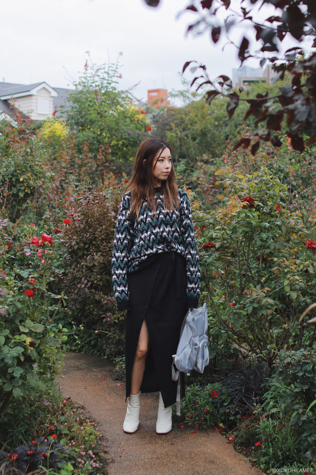 Japanese Fashion Blogger,MizuhoK,20171014OOTD,Thank you mart-Chevron Knit sweater,CHOIES-wrap skirt,rag&bone-white boots from shopbop,oribagu-silver mesh bulldog backpack,happy halloween, yokohama english garden