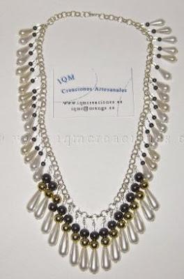Colgante cadena, cuentas y perlas