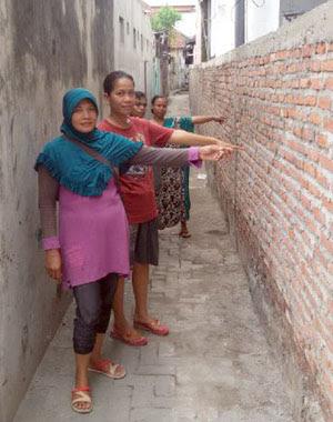 Hati-Hati Menggunakan Dinding Milik Bersama