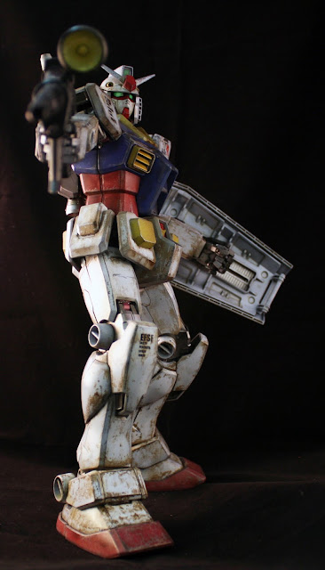 RX-78-PG-action-pose