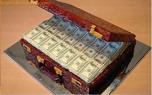 Những chiếc bánh sinh nhật hài VL, thùng tiền đô la