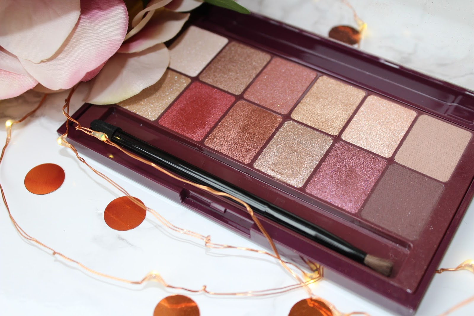 Maybelline The Burgundy Bar Eyeshadow Palette Review - 7