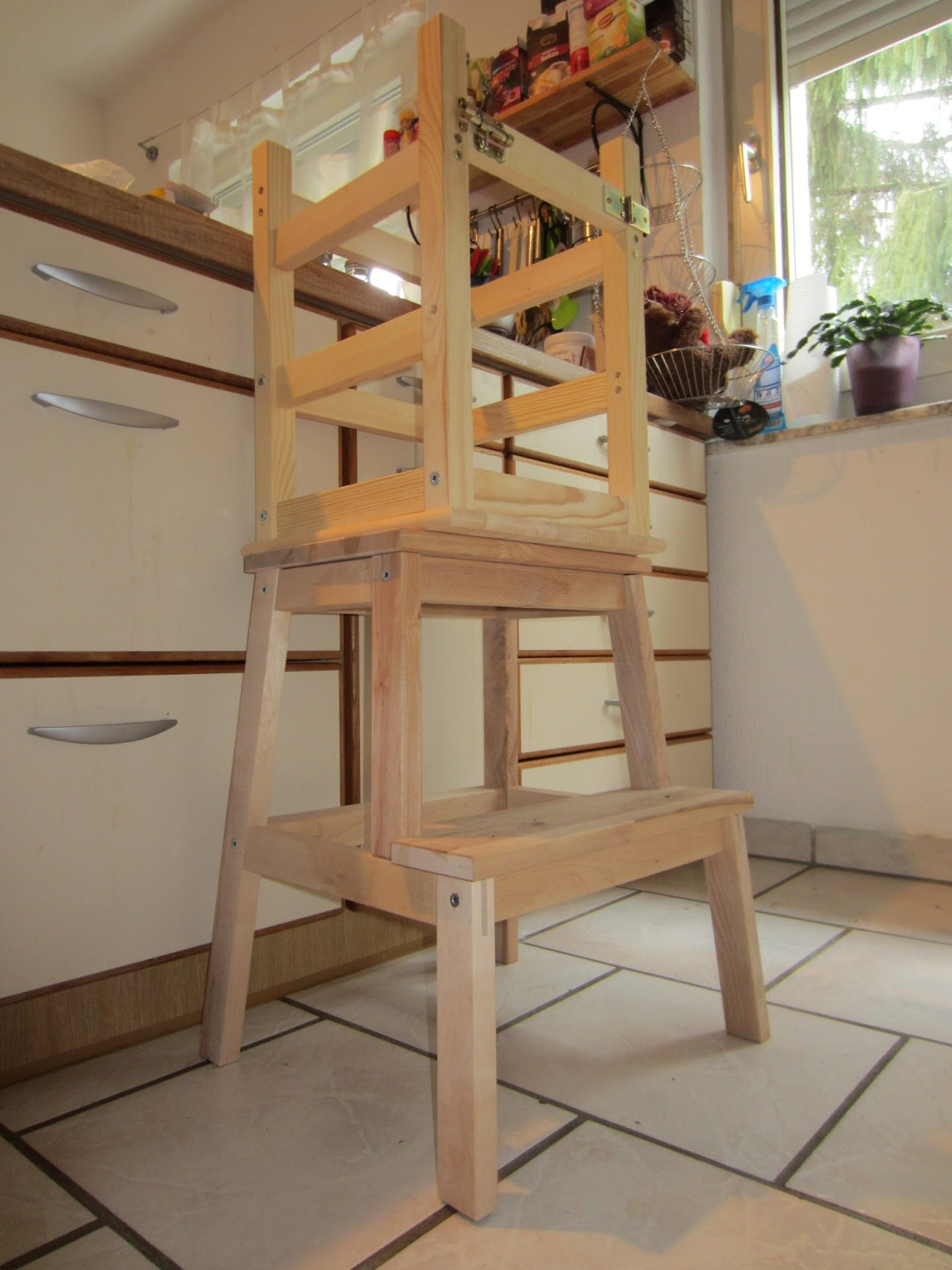 Diy Learning Tower Nach Montessori Ikea Hack Erdbeerlila