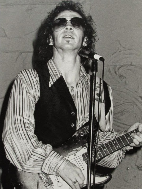 bespectacled birthdays stevie ray vaughan. Black Bedroom Furniture Sets. Home Design Ideas
