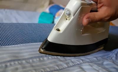 Planchar una camisa