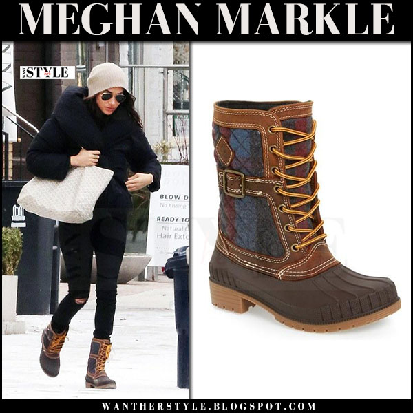 Meghan Markle in brown lace-up Kamik Sienna winter boots with cream canvas Goyard tote saint louis what she wore