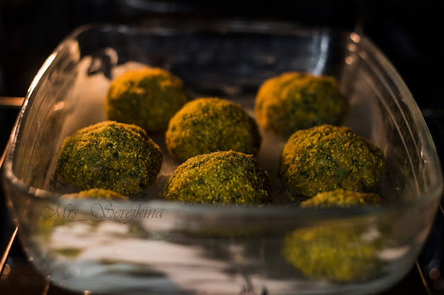 Meatballs with spinach and cheese: step 6