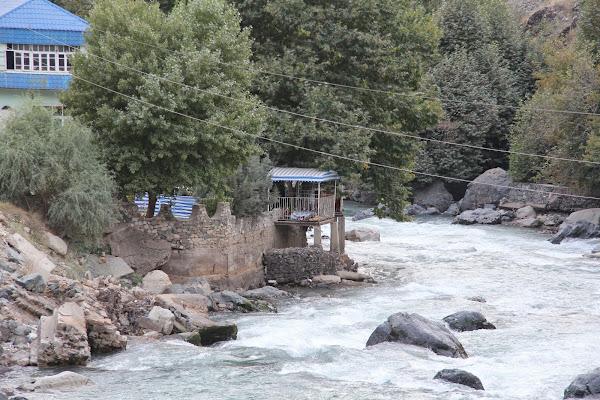 Tadjikistan, Varzob, tapshan, tapchane, © L. Gigout, 2012