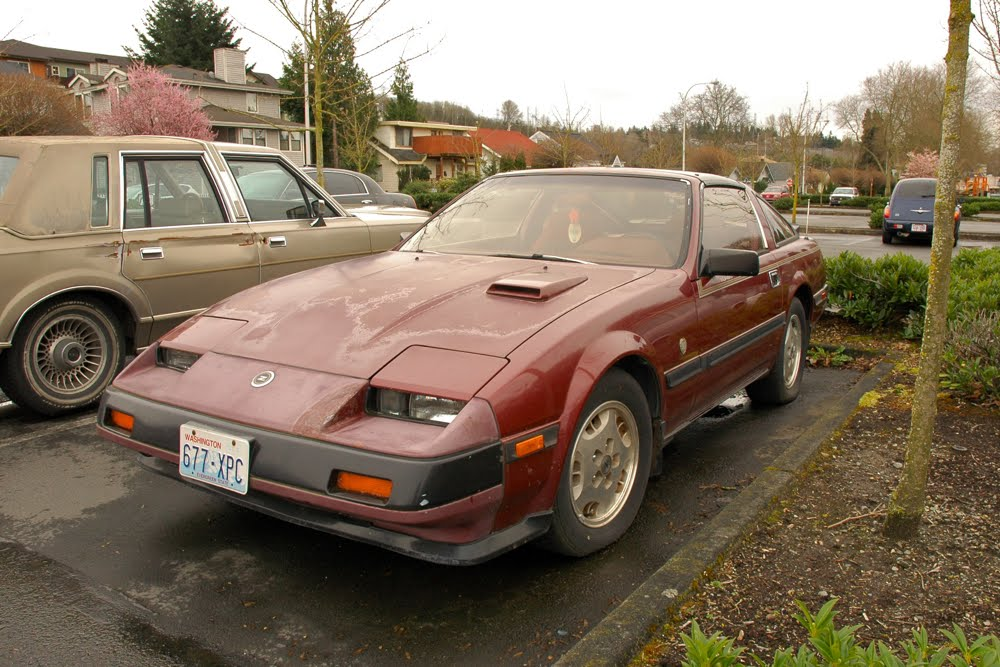OLD PARKED CARS : 1984 Nissan 300ZX Turbo