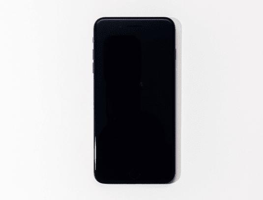 iPhone x tiba-tba menampilkan warna layar yang hitam