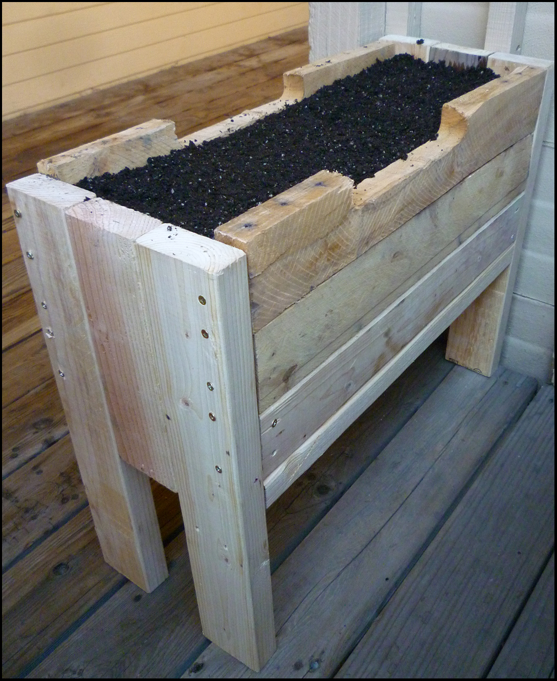 Planter From Pallet: Patio Of Pots: Pallet Planters