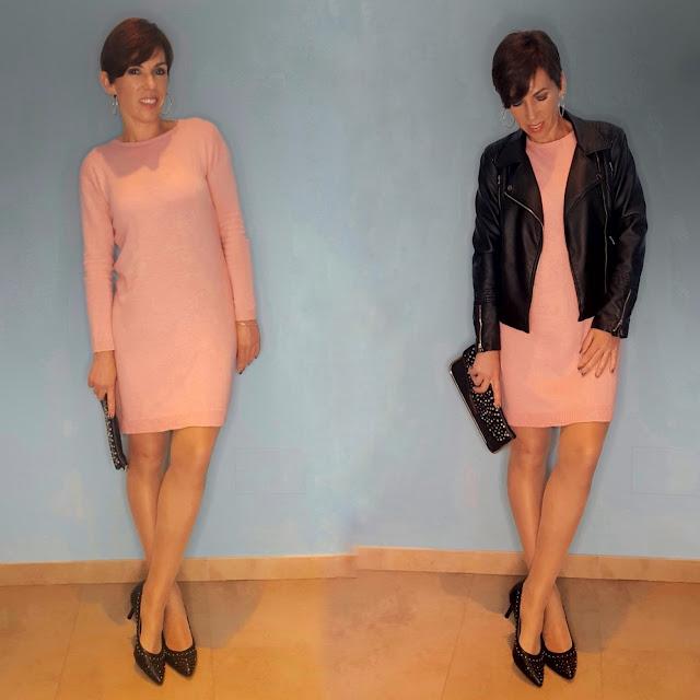 outfit vestido de punto rosa y chupa negra