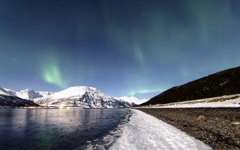 Wallpaper: Landscape. Northern Lights. Aurora Borealis