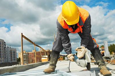 Documentele obligatorii privind protecția muncii la șantiere