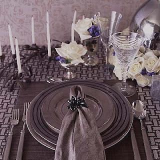 Yemek Masası Nasıl Süslenir