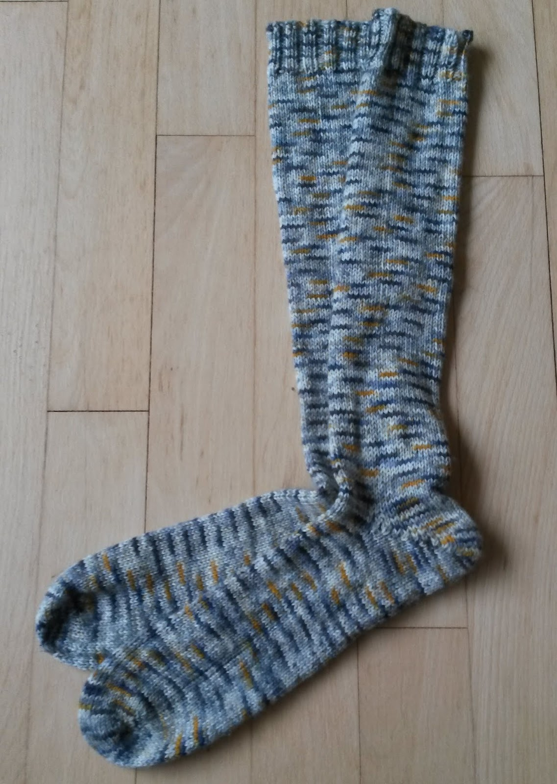 f93e1d081 My Mommy's Corner: Lange sokker i Mayflower Luxus Sock yarn